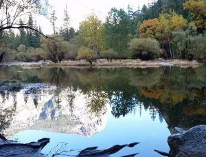 Mirror lake for the photo enthusiast in Yosemite park