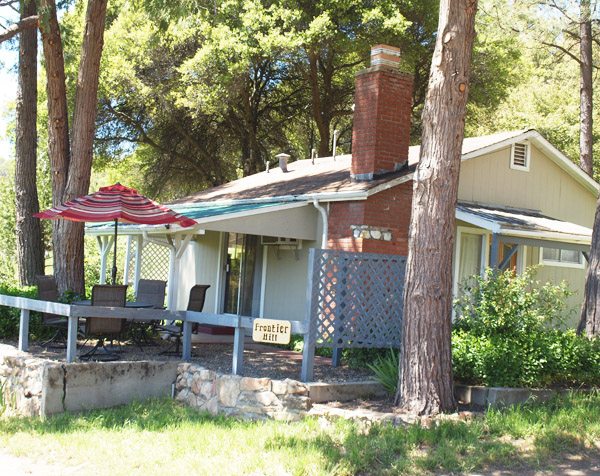 Mariposa vacation rental cottage near Yosemite National Park